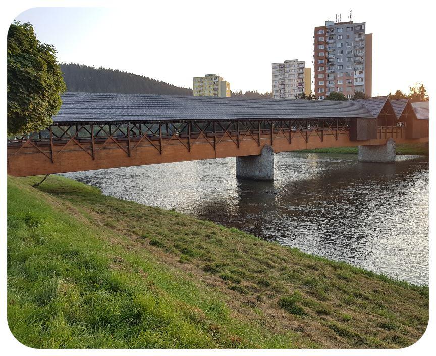 dreveny_most
