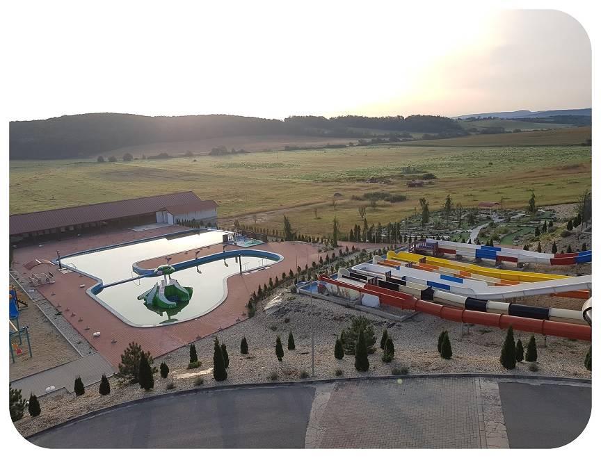 resort_bazeny