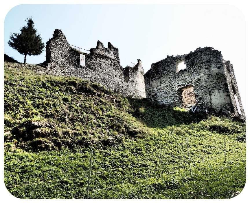 umelecka_fotka_hradu