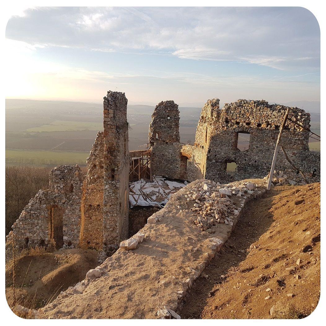 hrad_slnko