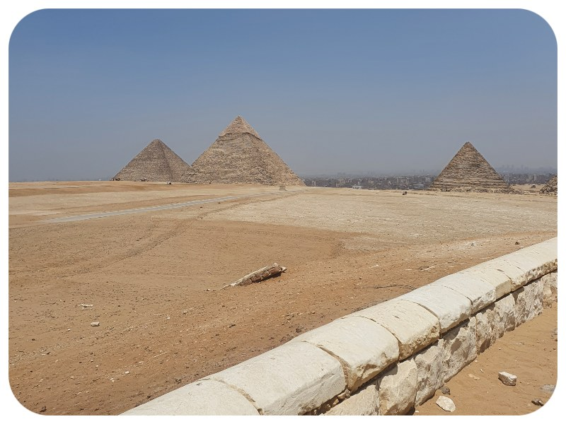 tri_pyramídy